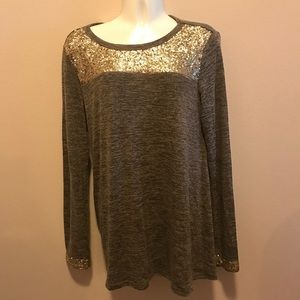 Tops - Sequined top